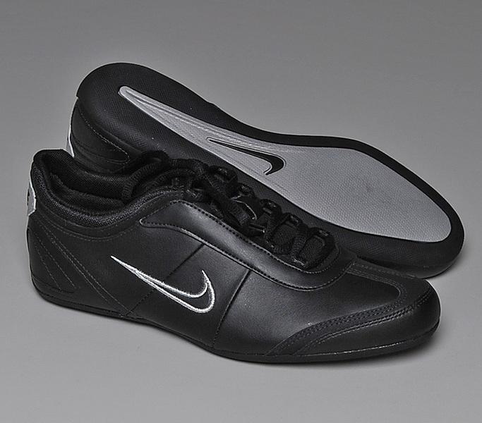 1aff7198a3 Nike cipő - PLS WMNS Nike Alexi - cipomarket.hu