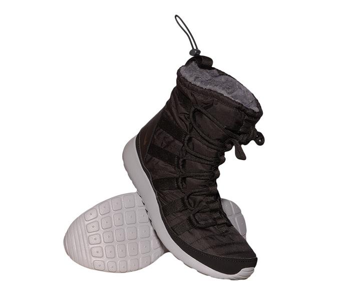 83359a807d Nike csizma - WMNS ROSHERUN SHERPA - cipomarket.hu