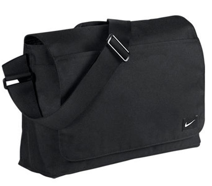 f06f19238712 Nike táska táska - S - Nike Fundamentals Blocked MSNG - cipomarket.hu